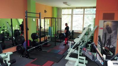 sport center Fitness centrum IRON GYM image