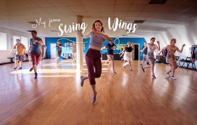 sport center Swing Wings image